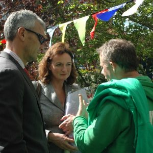 Head Teacher at Sudourne, Milan Stevanovic with Cllr Rachel Heywood and Crispin Swayne at the opening of Sudbourne School's Outdoor Classroom